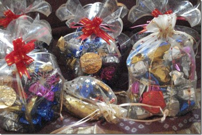 Wedding Gifts Packing Designs: Vinnis Homemade Chocolates